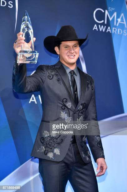 SingerSongwriter Jon Pardi poses in the press room at the 51st annual CMA Awards at the Bridgestone Arena on November 8 2017 in Nashville Tennessee