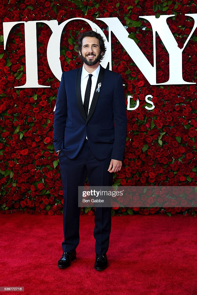 Singer-songwriter Josh Groban attends the 70th Annual Tony Awards at The Beacon Theatre on June 12, 2016 in New York City.