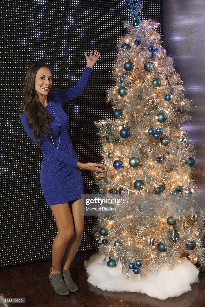 Singer/songwriter Julia Price attends What's Trending presents the 1st annual Tube-A-Tweet-A-Thon benefiting Covenant House on December 13, 2012 in Hollywood, California.