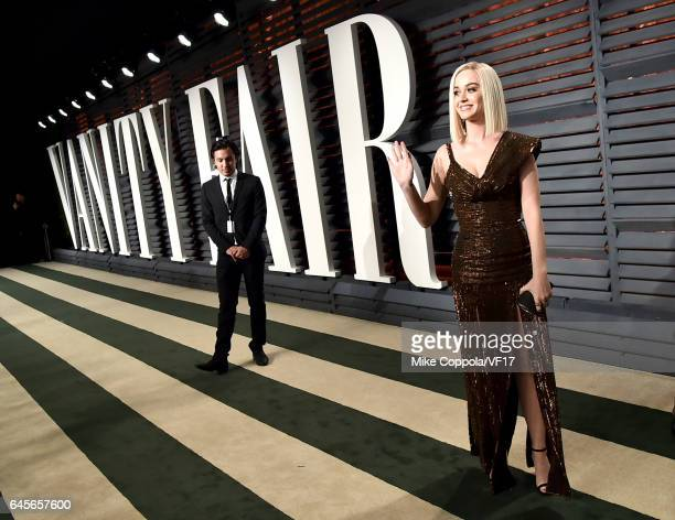 Singersongwriter Katy Perry attends the 2017 Vanity Fair Oscar Party hosted by Graydon Carter at Wallis Annenberg Center for the Performing Arts on...