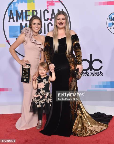 Singersongwriter Kelly Clarkson daughter River Rose Blackstock and stepdaughter Savannah Blackstock arrive at the 2017 American Music Awards at...