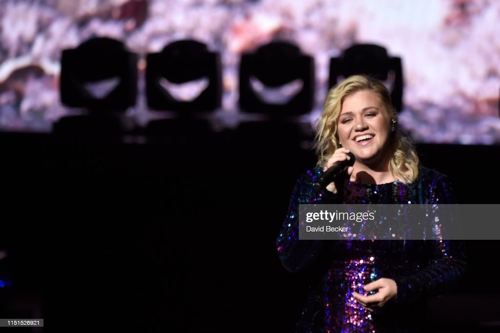 NV: The Sands Cares INSPIRE 2019 Charity Concert Featuring Kelly Clarkson