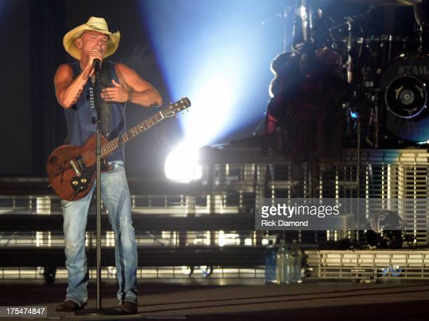 Singer/Songwriter Kenny Chesney performs during Kenny Chesney's No Shoes Nation on Zac Brown's Southern Ground Tour at the Georgia Dome on August 3...