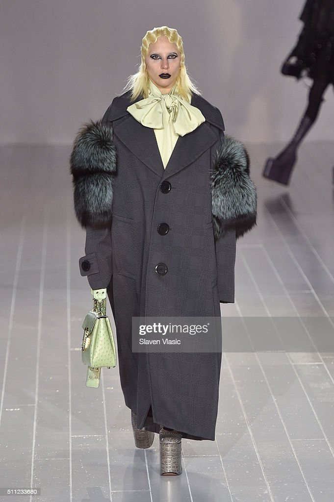 Marc Jacobs - Runway - Fall 2016 New York Fashion Week