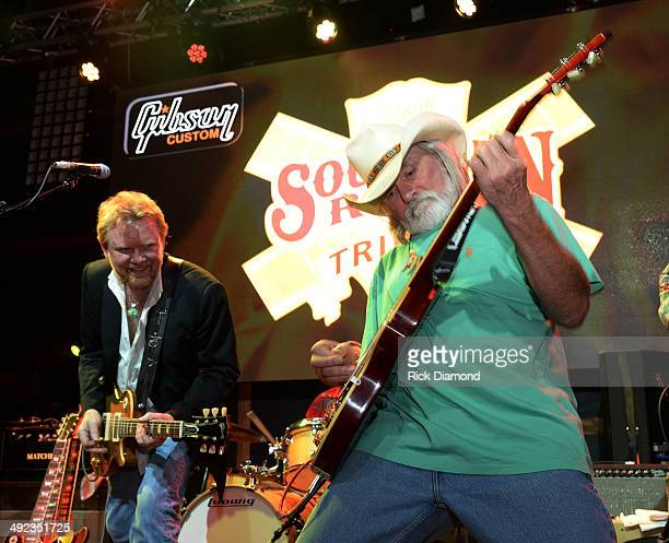 Singer/Songwriter Lee Roy Parnell and Singer/Songwriter Dickey Betts perform during the Gibson Custom Southern Rock tribute 1959 Les Paul guitar...
