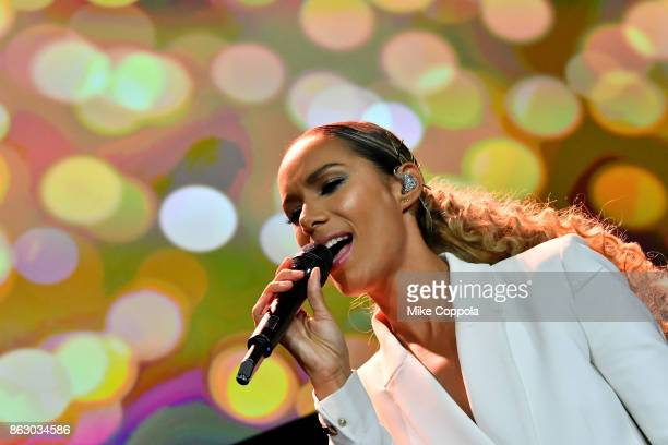 Singersongwriter Leona Lewis performs onstage during the 5th Annual Save the Children Illumination Gala at the American Museum of Natural History on...