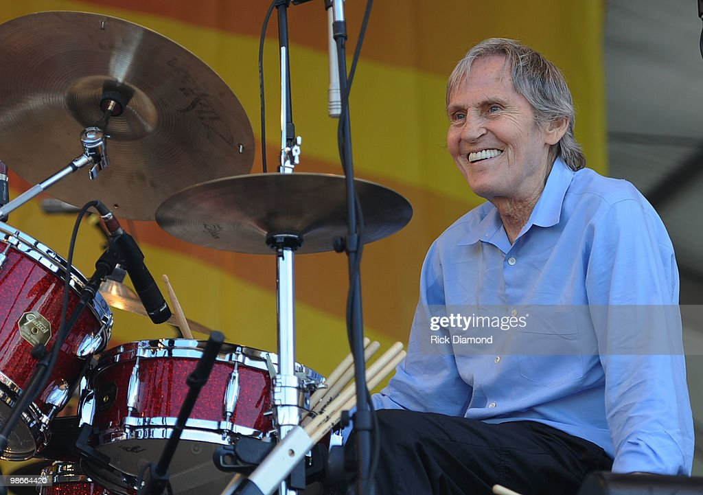 2010 New Orleans Jazz & Heritage Festival Presented By Shell - Day 3 : News Photo
