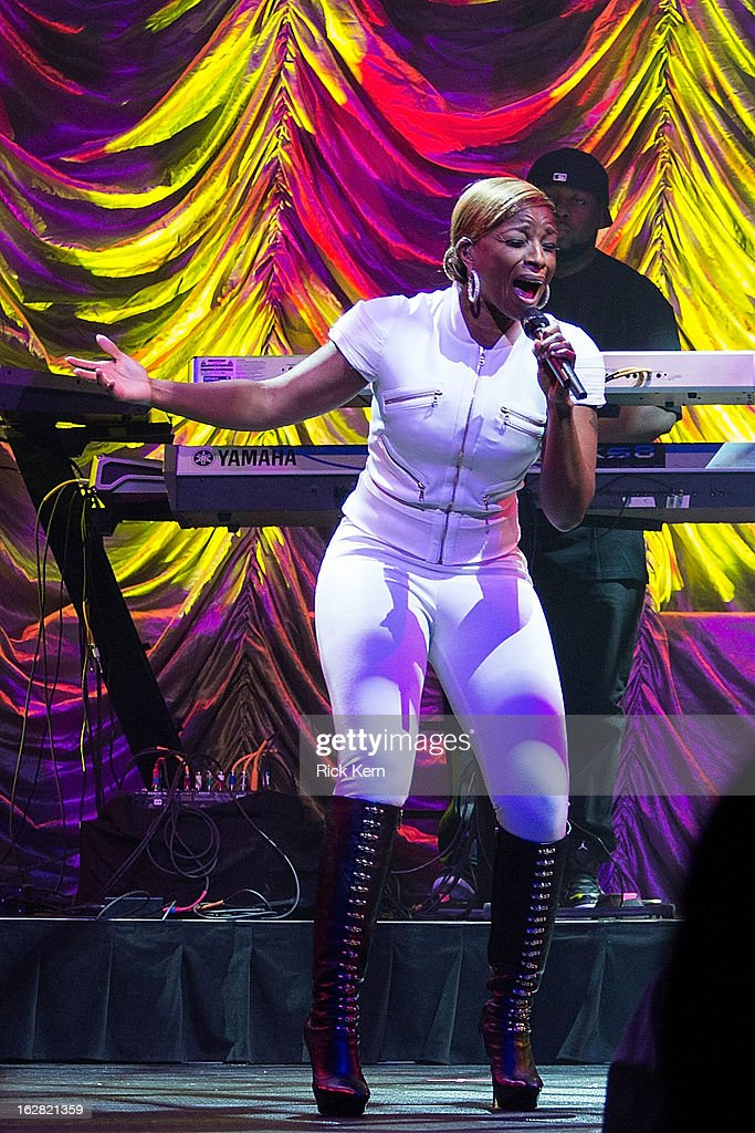 Singer-songwriter Mary J. Blige performs in concert at ACL Live on February 27, 2013 in Austin, Texas.