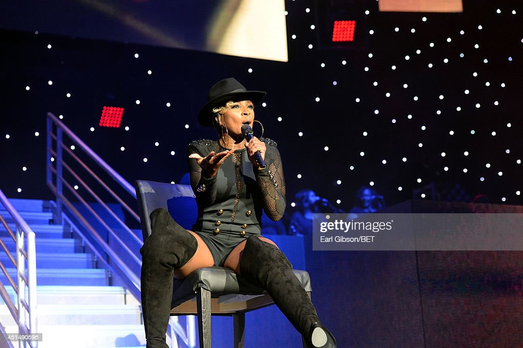 Singer/songwriter Mary J. Blige performs onstage at the Mary J. Blige, Trey Songz And Jennifer Hudson Concert Presented By King.com during the 2014 BET Experience At L.A. LIVE on June 29, 2014 in Los Angeles, California.