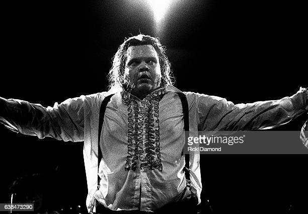 Singer/Songwriter Meat Loaf performs at Symphony Hall in Atlanta Georgia April 12 1978