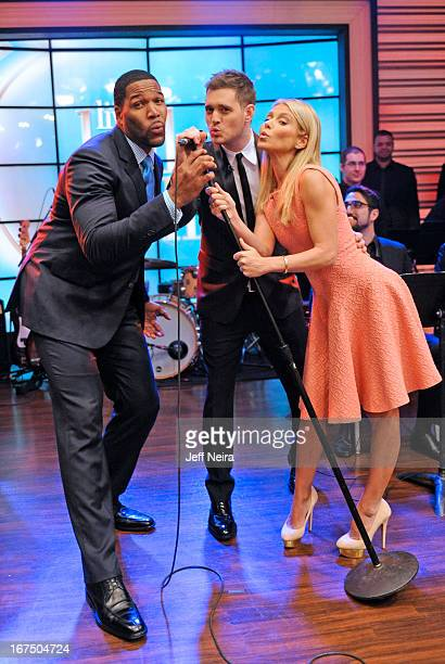 MICHAEL 4/25/13 Singersongwriter MICHAEL BUBLÉ performs on LIVE with Kelly and Michael distributed by DisneyWalt Disney Television via Getty Images...