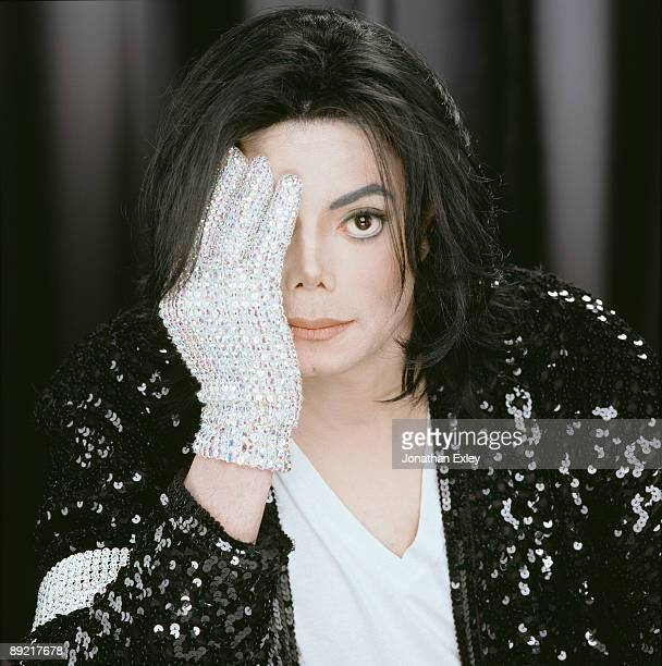 UNS: 25th June, 2009 - 10 Years Since The Death Of Michael Jackson: A Look Back