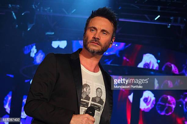 Singersongwriter Nek during the TIMmusic Onstage Awards ceremony when he was awarded the prize Biglietto Smeraldo for Prima di Parlare Live 2015 the...