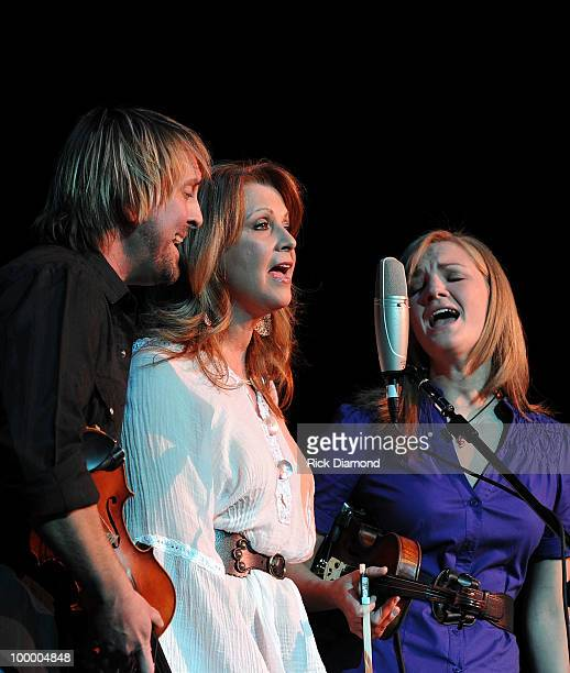 Singer/Songwriter Patty Loveless performs during the 'Music Saves Mountains' benefit concert at the Ryman Auditorium on May 19 2010 in Nashville...