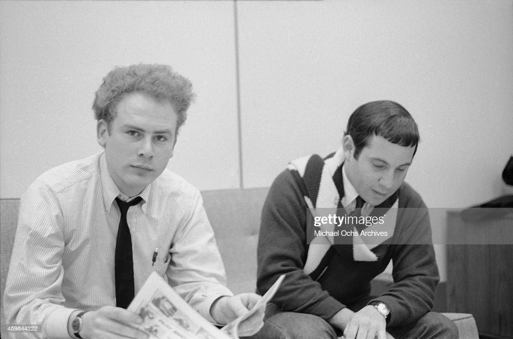Simon & Garfunkel At Columbia Records : News Photo