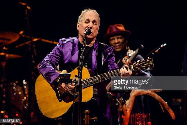 Singersongwriter Paul Simon performs live on stage during a concert at Tempodrom on October 20 2016 in Berlin Germany
