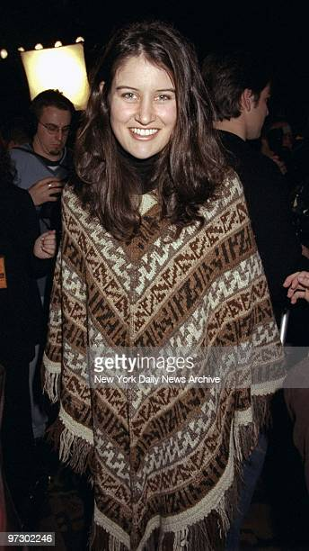 Singersongwriter Paula Cole arrives to announce the nominees at the 40th annual Grammy Awards nominations at Radio City Music Hall