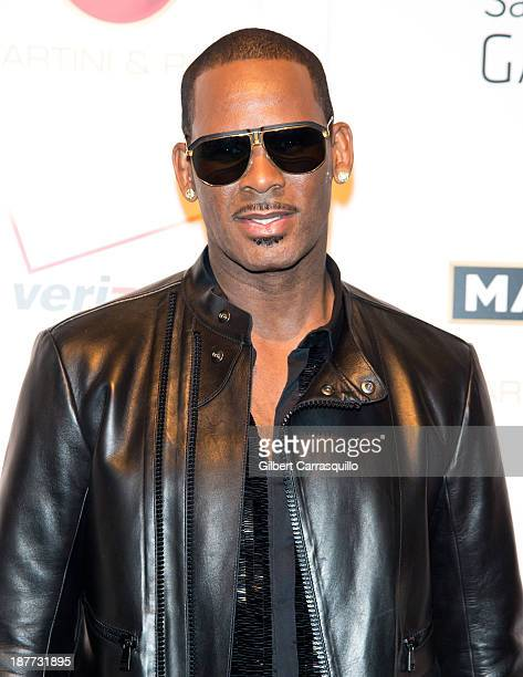 Singersongwriter R Kelly attends 'The Best Man Holiday' screening at Chelsea Bow Tie Cinemas on November 11 2013 in New York City
