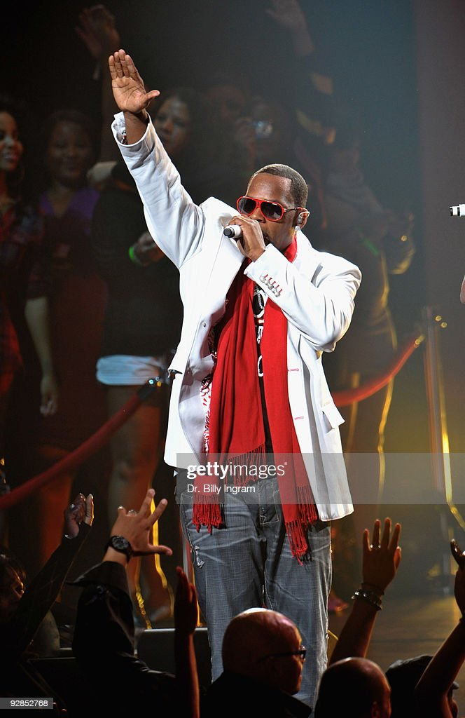 R.Kelly In Concert - Nokia Theatre L.A. Live - Los Angeles, CA
