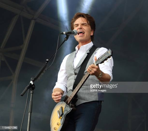 Singer/Songwriter Richard Marx performs live on stage at the Hyde Park during the 3rd day of a British Summertime festival in London