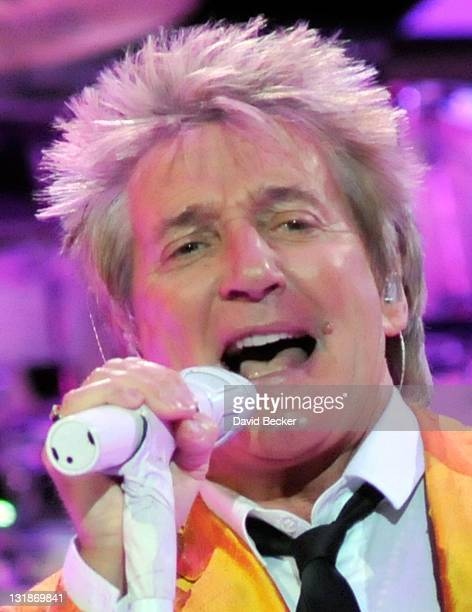 Singer/songwriter Rod Stewart performs at The Colosseum at Caesars Palace on November 6, 2010 in Las Vegas, Nevada.
