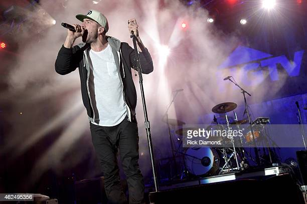 Singer/songwriter Sam Hunt performs onstage at the HGTV Lodge during Day 1 of the DirecTV Super Fan Festival at Pendergast Family Farm on January 28...
