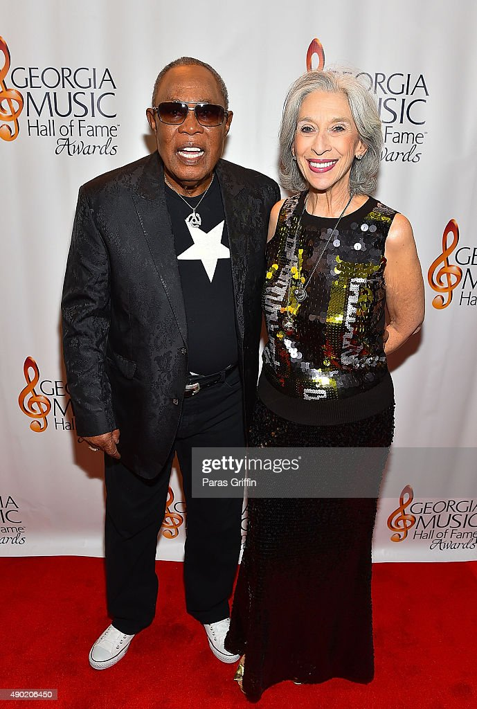 Singer/songwriter Sam Moore (L) attends 2015 Georgia Music Hall Of Fame Awards at Georgia World Congress Center on September 26, 2015 in Atlanta, Georgia.