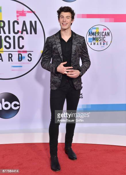Singer/songwriter Shawn Mendes arrives at the 2017 American Music Awards at Microsoft Theater on November 19 2017 in Los Angeles California