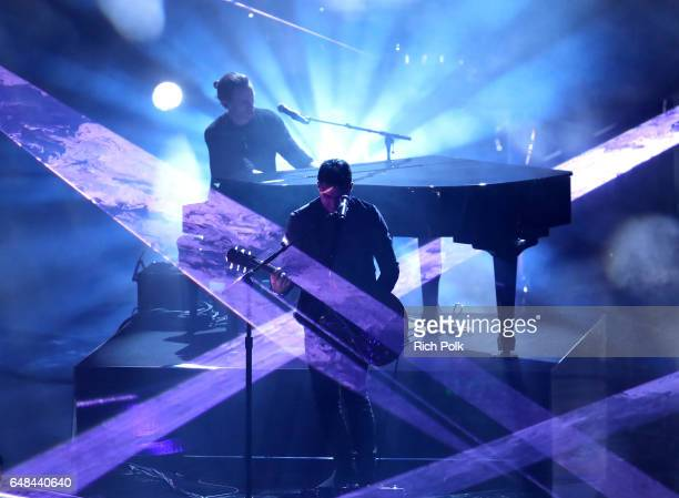 Singersongwriter Shawn Mendes performs onstage at the 2017 iHeartRadio Music Awards which broadcast live on Turner's TBS TNT and truTV at The Forum...