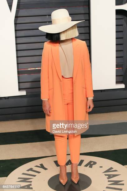 Singersongwriter Sia attends the 2017 Vanity Fair Oscar Party hosted by Graydon Carter at the Wallis Annenberg Center for the Performing Arts on...