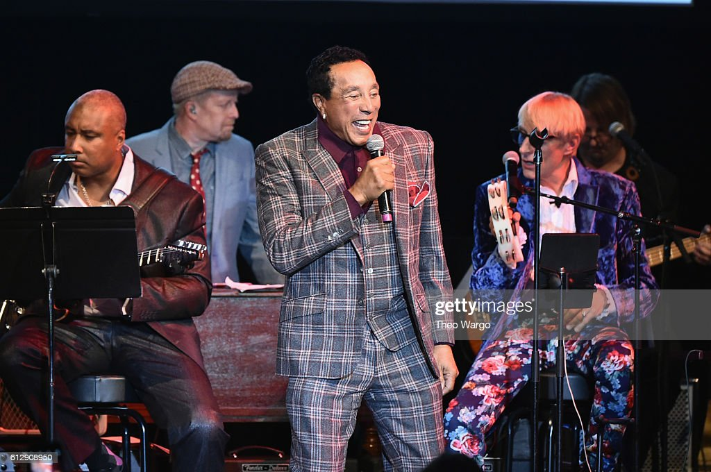Singer-songwriter Smokey Robinson accepts the award for Rocker of the Year onstage during Little Kids Rock Benefit 2016 at Capitale on October 5, 2016 in New York City.