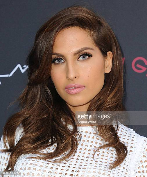 Singer/songwriter Snoh Aalegra arrives at the Roc Nation PreGrammy brunch presented by MAC Viva Glam at a private residency on January 25 2014 in Los...