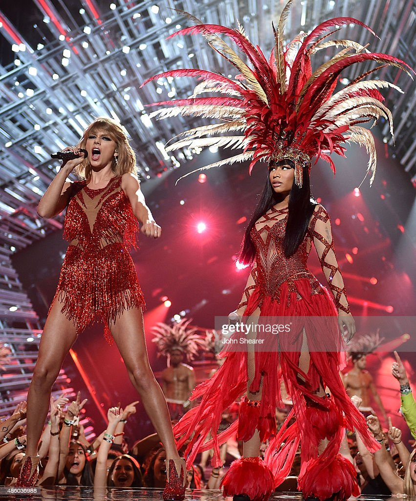 Singer-songwriter Taylor Swift (L) and rapper Nicki Minaj perform onstage during the 2015 MTV Video Music Awards at Microsoft Theater on August 30, 2015 in Los Angeles, California.