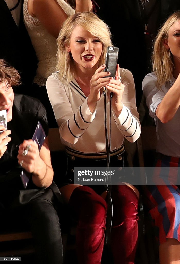 Singer-songwriter Taylor Swift attends the #TOMMYNOW Women's Fashion Show during New York Fashion Week at Pier 16 on September 9, 2016 in New York City.