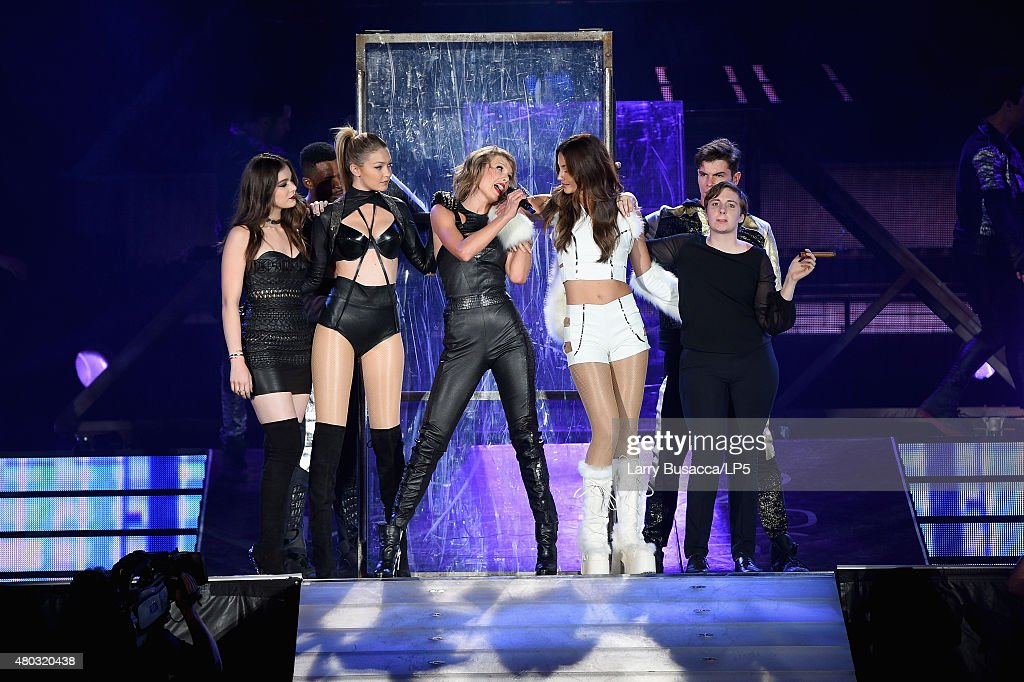 Singer/songwriter Taylor Swift performs onstage with Hailee Steinfeld, Gigi Hadid, Lily Aldridge and Lena Dunham during The 1989 World Tour Live at MetLife Stadium on July 10, 2015 in East Rutherford, New Jersey.