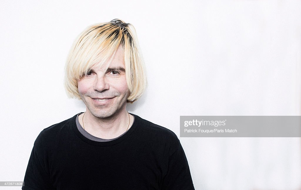 Tim Burgess, Paris Match Issue 3442, May 13, 2015