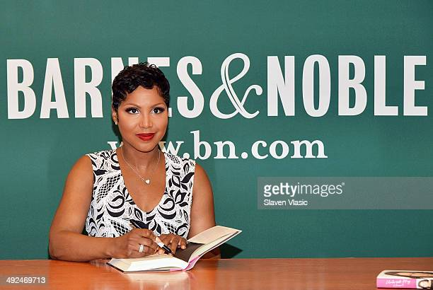Singer/songwriter Toni Braxton promotes her book Unbreak My Heart A Memoir at Barnes Noble 5th Avenue on May 20 2014 in New York City