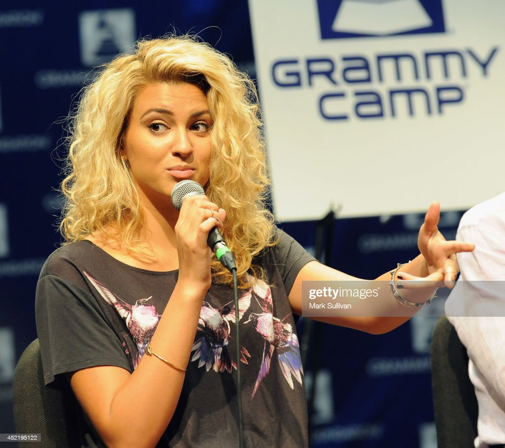 Singer/songwriter Tori Kelly at the GRAMMY Foundations 10th annual GRAMMY Camp held at the University of Sothern California in Los Angeles Information at (GRAMMYiintheSchools.com) on July 15, 2014 in Los Angeles, California.