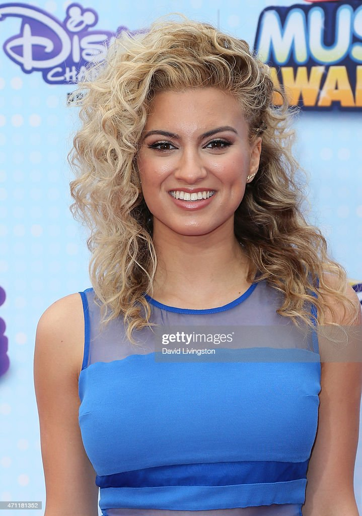 2015 Radio Disney Music Awards - Arrivals : News Photo