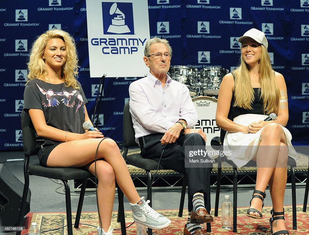 Singer/songwriter Tori Kelly, recording engineer Al Schmitt and singer/songwriter Colbie Caillat at the GRAMMY Foundations 10th annual GRAMMY Camp held at the University of Sothern California in Los Angeles Information at (GRAMMYiintheSchools.com) on July 15, 2014 in Los Angeles, California.