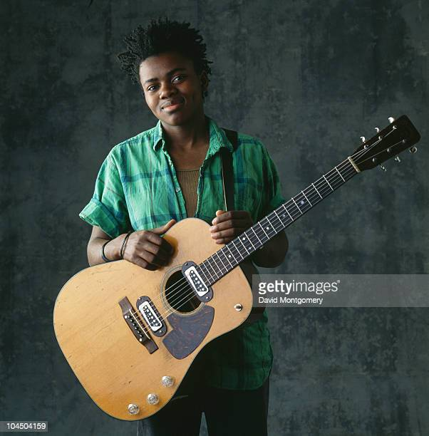 Singer-songwriter Tracy Chapman, July 1988.