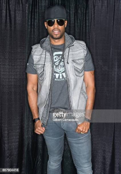 Singersongwriter worship leader and pastor Montell Jordan attends Be Beautiful Expo 2017 at Pennsylvania Convention Center on March 25 2017 in...