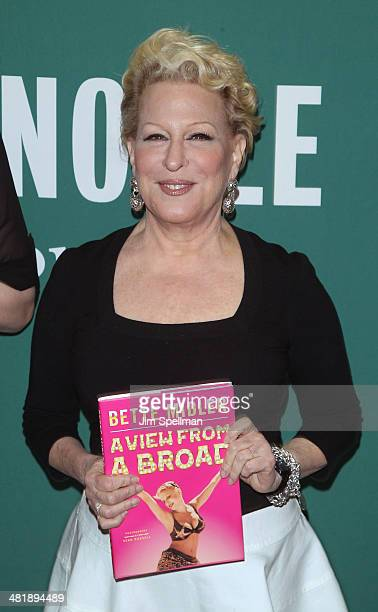 Singer/songwriter/actress Bette Midler attends Bette Midler In Conversation With Judy Gold at Barnes Noble Union Square on April 1 2014 in New York...