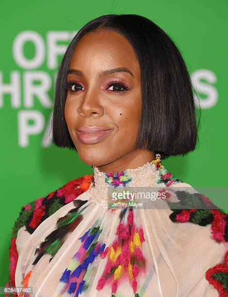 Singersongwriteractress Kelly Rowland arrives at the Premiere Of Paramount Pictures' 'Office Christmas Party' at Regency Village Theatre on December...