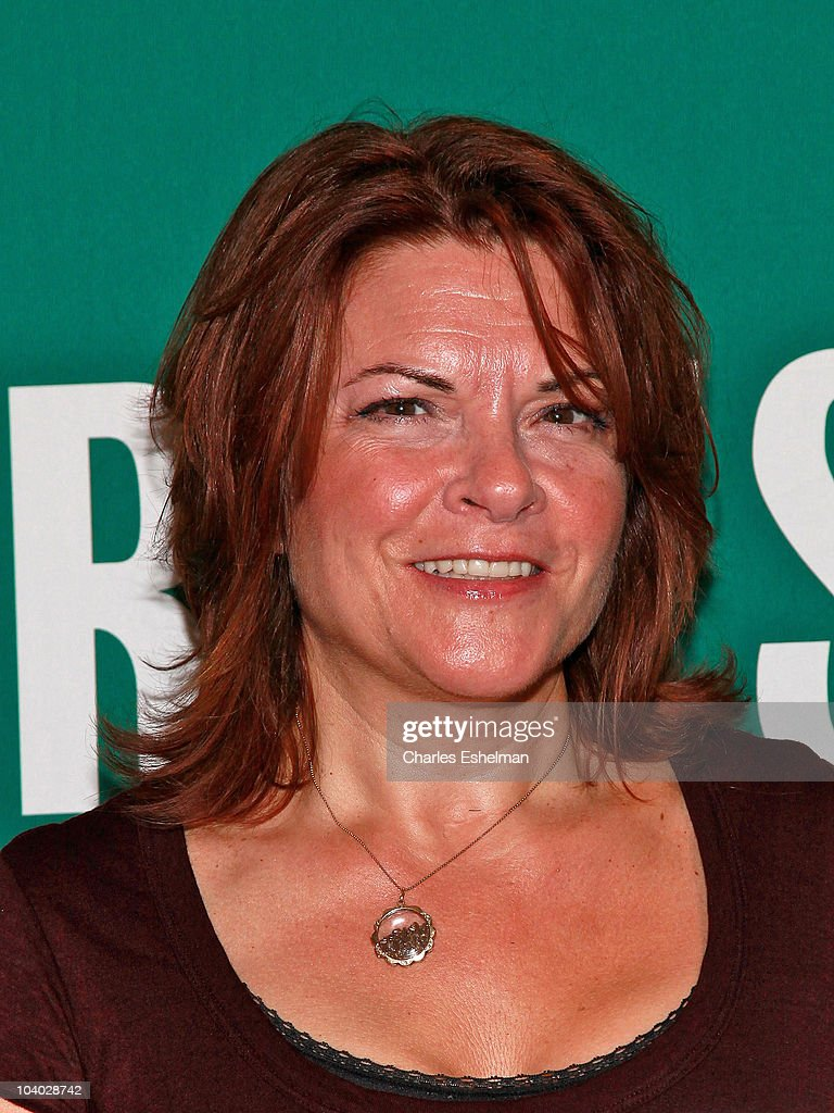 Singer/songwriter/author Rosanne Cash promotes 'Composed' at Barnes & Noble Union Square on August 10, 2010 in New York City.
