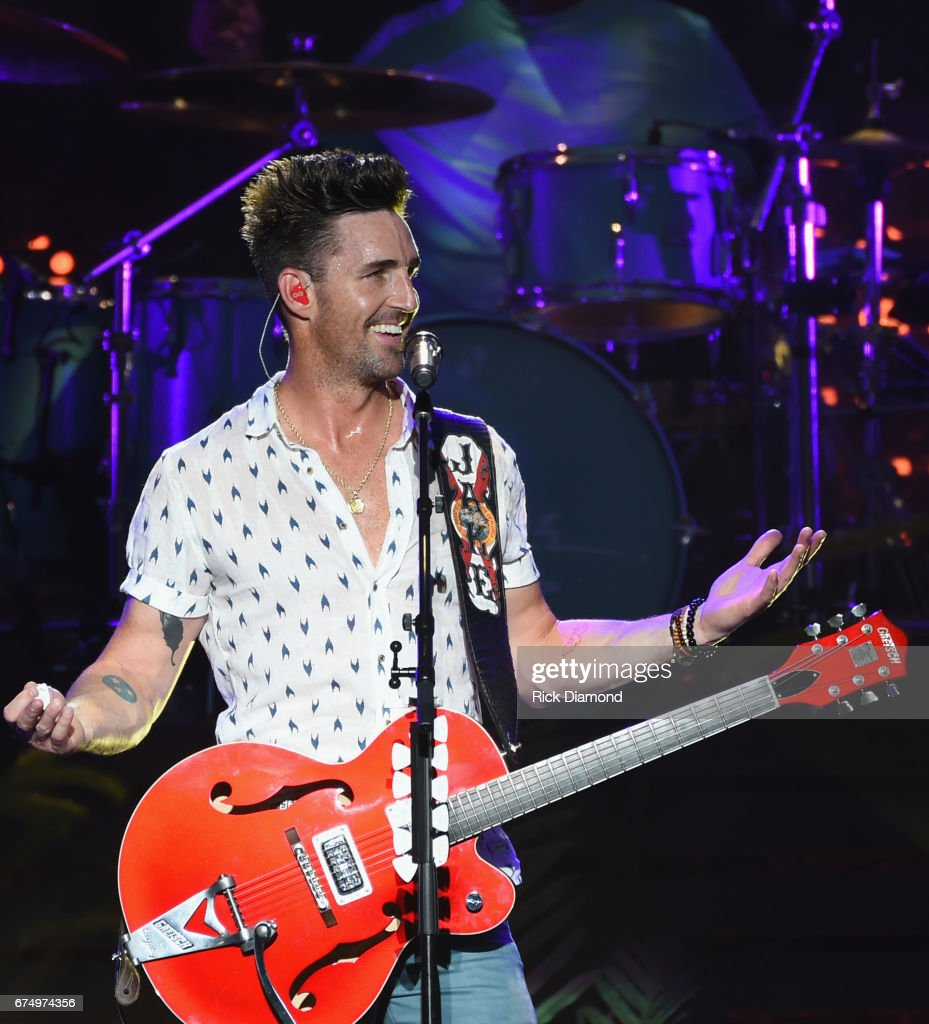 Singer/Songwriter/FSU Alum Jake Owen comes home and performs during Doak After Dark at Florida State University on April 29, 2017 in Tallahassee, Florida.