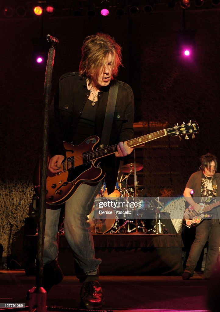 Goo Goo Dolls Perform During The Couture Las Vegas Jewelry Show
