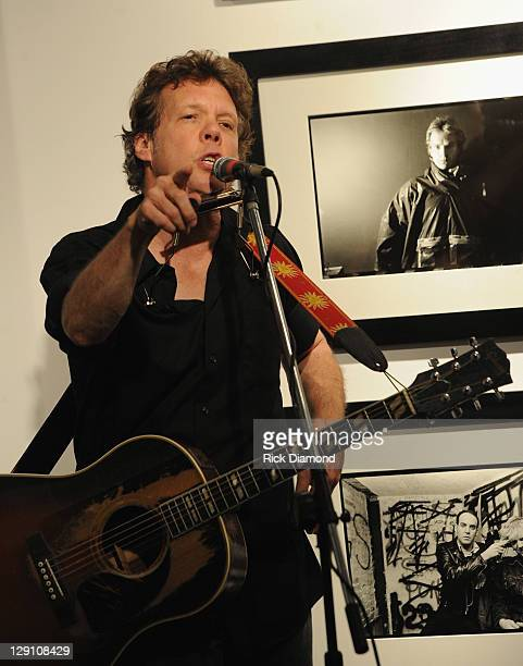 Singer/Songwriter/Photographer Steve Forbert performs at Steve Forbert in Song and Pictures at Tinney Gallery on October 12, 2011 in Nashville,...