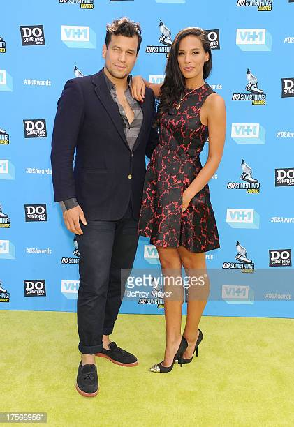 Singersongwriters Abner Ramirez and Amanda Sudano of Johnnyswim arrive at the DoSomethingorg and VH1's 2013 Do Something Awards at Avalon on July 31...