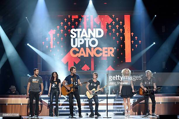 Singersongwriters Jimi Westbrook Karen Fairchild Dierks Bentley Keith Urban Kimberly Schlapman and Phillip Sweet perform onstage during the 10th...